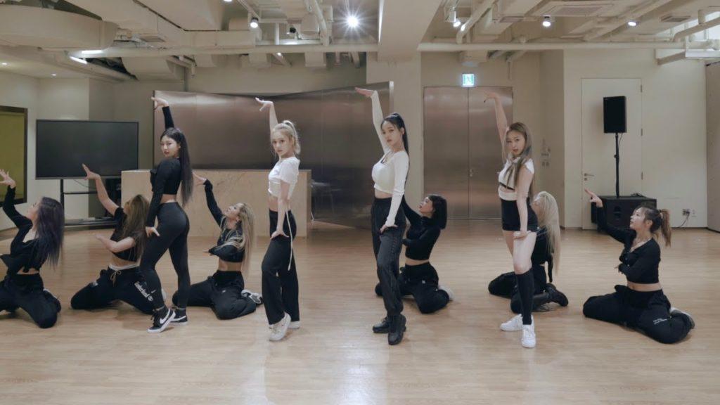 エスパ Black Mamba ダンス